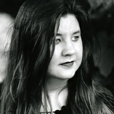 Cynthia LaLuna Headshot