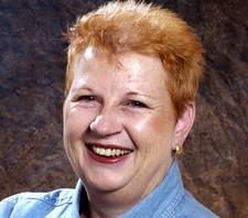Kathy Drewien Headshot
